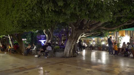 Outdoor-cafes-and-restaurants-in-the-city-of-Guanajuato-Mexico