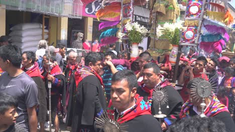 Holy-week-Easter-Catholic-procession-in-Chichicastenango-Guatemala-market-town-is-a-very-colorful-affair-3