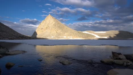 Alpine-reflections-in-a-pristine-High-Sierra-lake