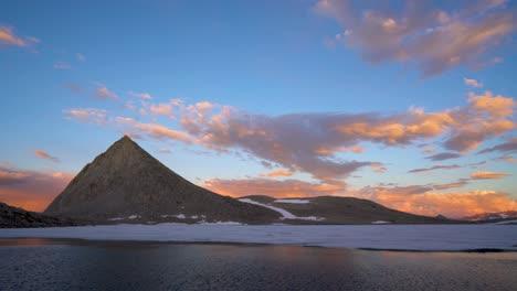 Alpine-reflections-in-a-pristine-High-Sierra-lake-6