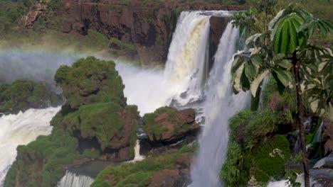 Rainbow-and-waterfalls-Iguazu-Falls-5
