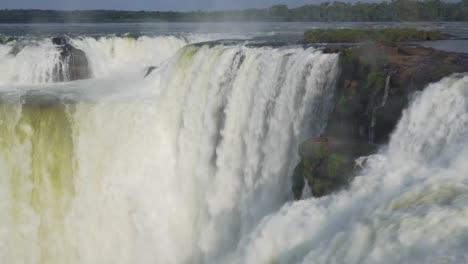 The-Garganta-del-Diable-Iguazu-Falls