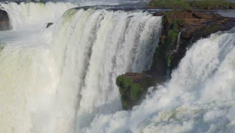 The-Garganta-del-Diable-Iguazu-Falls-1