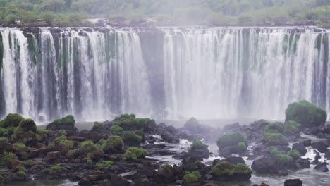 View-from-Brazil-of-Iguazu-Falls-in-Argentina-4