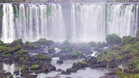 View-from-Brazil-of-Iguazu-Falls-in-Argentina-13