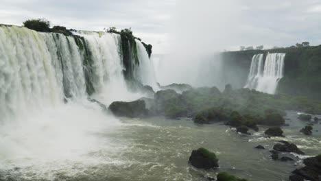 Salto-San-Floriano-Iguacu-Falls-Brazil-1
