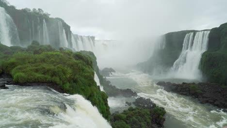 Salto-San-Floriano-Iguacu-Falls-Brazil-2