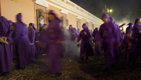 Slow-shutter-speed-effect-of-the-Pascua-celebration-after-dark-in-Antigua-Guatemala