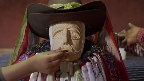 Maximon-an-icon-of-Guatemalan-religious-syncretism-and-ancient-spiritual-practices-2