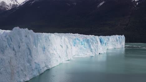 Blue-ice-and-crevasses-at-the-terminus-of-Perito-Moreno-Glaciers-massive-ice-flow-in-Argentina-2