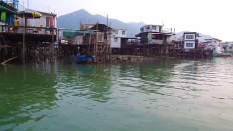 Establishing-shot-from-TiaO-fishing-village-in-Hong-Kong-China-2