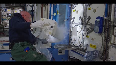 Astronauts-Work-And-Play-Aboard-The-International-Space-Station-1