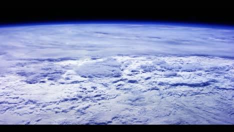 La-Tierra-Y-Las-Nubes-Desde-El-Espacio-3