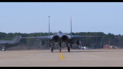 American-Fighter-Jets-Taxi-On-The-Runway-Before-A-Mission