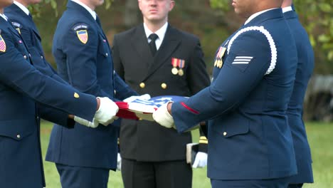 A-Patriotic-Military-Funeral-In-Arlington-Cemetery-Washington-Dc-Includes-The-Playing-Of-Taps-1