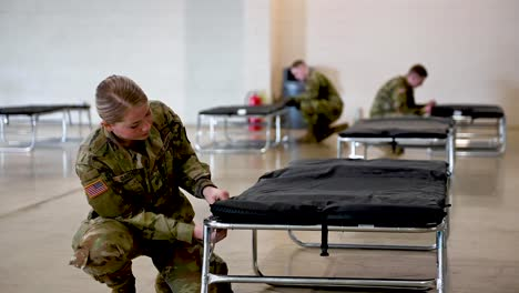 Oregon-National-Guard-Soldiers-Assemble-A-Coronavirus-Medical-Ward-N-The-Jackman-Long-Building-2