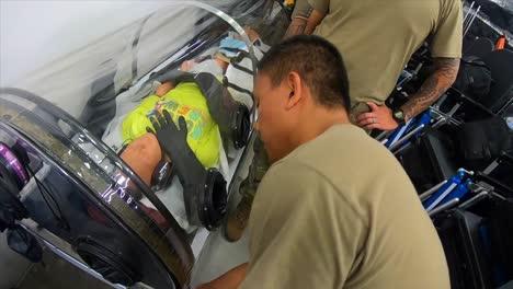 Hawaii-National-Guard-Airmen-Assist-In-Distribution-Of-Key-médico-Supplies-3