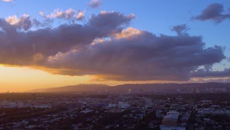 Atardecer-Detrás-De-Los-Angeles-California-Atardecer-Detrás-De-Los-Angeles-California