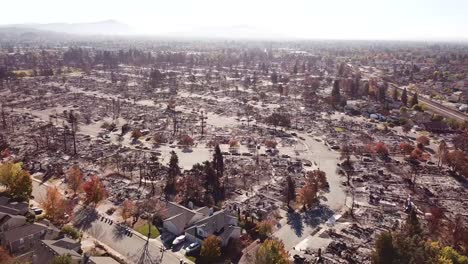 Shocking-aerial-of-devastation-from-the-2017-Santa-Rosa-Tubbs-fire-disaster-2