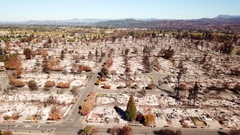 Shocking-aerial-of-devastation-from-the-2017-Santa-Rosa-Tubbs-fire-disaster-11