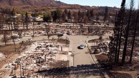 Shocking-aerial-of-devastation-from-the-2017-Santa-Rosa-Tubbs-fire-disaster-22