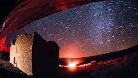 Beautiful-night-time-lapse-of-the-universe-stars-and-star-trails-over-Chaco-Canyon-New-Mexico-prehistoric-American-Indian-ruins