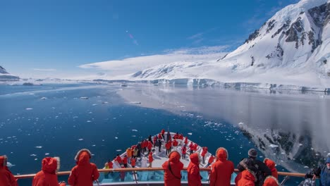 POV-Timelapse-of-ship-bow-and-ice-Gullet-South-Antarctica