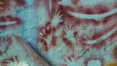 Erstaunliche-Höhlenkunst-Der-Aborigines-In-Der-Carnarvon-Gorge-In-Westaustralien-1