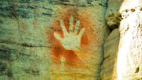 Erstaunliche-Höhlenkunst-Der-Aborigines-In-Der-Carnarvon-Gorge-In-Westaustralien-3