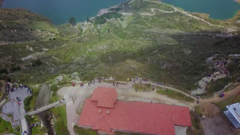 Aerial-shot-reveals-Quilotoa-Ecuador-caldera-in-the-Andes-Mountains