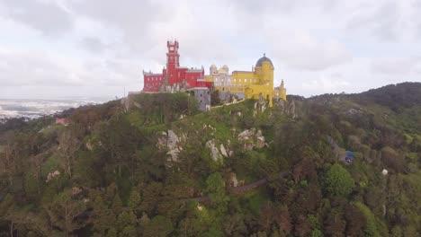 Antena-Del-Castillo-Multicolor-De-Sintra-En-Portugal