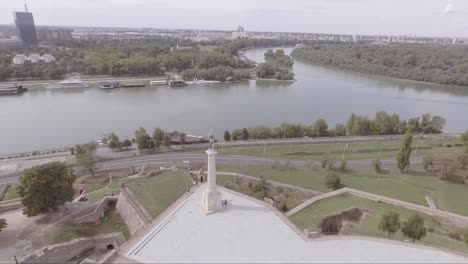 Aerial-of-Pobednik-The-Victor-Statue-monument-at-the-confluence-of-the-Danube-and-Sava-rivers-in-Belgrade-Serbia