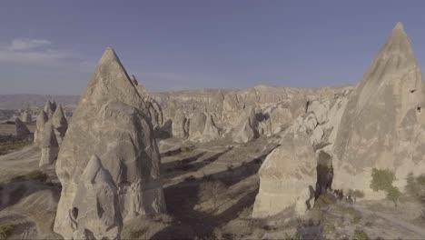 Antena-De-Turistas-A-Caballo-Paseos-A-Caballo-En-Capadocia-Turquía-1