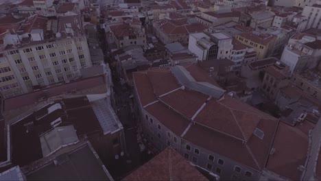Muy-Buena-Antena-Del-Horizonte-De-La-Ciudad-Vieja-De-Estambul-Turquía-Con-Mezquitas-Y-Puentes-Del-Río-Bósforo-Distante-1
