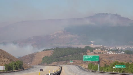 The-Simi-Valley-118-Freeway-In-Los-Angeles-Is-Shut-Down-During-The-Easy-Fire-Wildfire-In-California