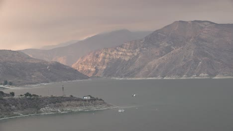 Helicopter-Refilling-Water-Drop-After-A-Brushfire-Holser-Fire-Burns-A-Hillside-Near-Lake-Piru-California