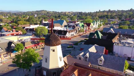 Aerial-Over-The-Quaint-Danish-Town-Of-Solvang-California-With-Denmark-Windmill-And-Shops-2