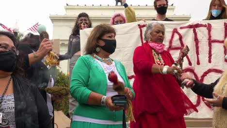 American-Indian-Women-Chant-At-Chumash-Native-American-Protest-Against-Father-Junipero-Serra-Statue-In-Front-Of-City-Hall-Ventura-California