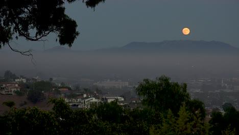 A-Full-Moon-Rises-Above-Los-Angeles-Ventura-Suburbs-Malibu-Hills-Southern-California-Moonrise-1