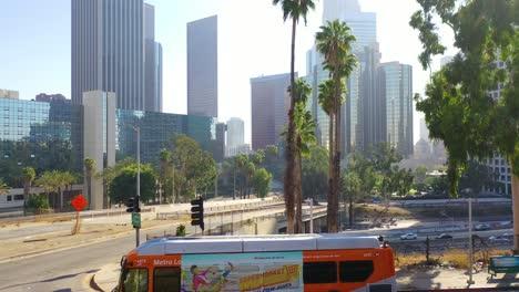 Aumento-De-La-Antena-Del-Hotel-Bonaventure-En-El-Centro-De-Los-Ángeles-California