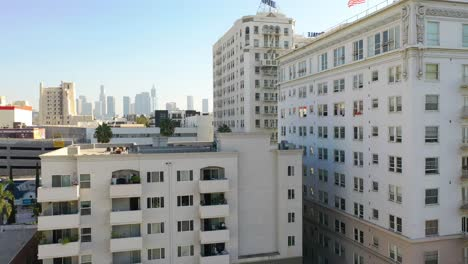 Rising-Aerial-Of-The-Bryson-And-Royale-Apartment-Buildings-In-The-Wilshire-District-Of-Los-Angeles-California