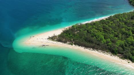 An-Aerial-View-Shows-The-Frankland-Islands-Off-Queensland-Australia-1