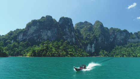 Tourists-Ride-A-Motorboat-Away-From-Khao-Sok-National-Park-In-Surat-Thani-Thailand