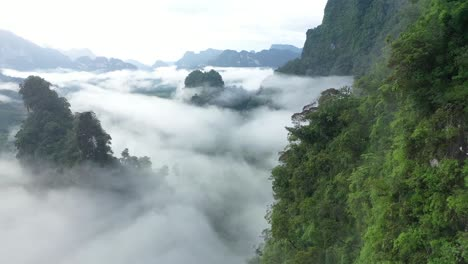 Misty-Green-Mountains-Are-Seen-In-Thailand-2