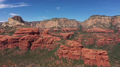 Beautiful-aerial-establishing-of-the-mountains-and-buttes-of-Sedona-Arizona-3