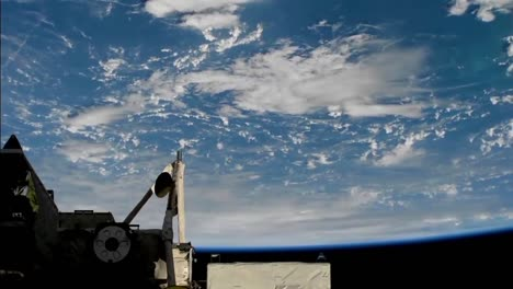 Beautiful-Shot-From-The-International-Space-Station-Of-Storms-And-Clouds-On-Earth
