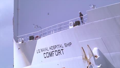 Us-Red-Cross-Navy-Ship-Comfort-Docks-In-San-Juan-Puerto-Rico-During-Emergency-Relief-Efforts-From-Hurricane-Maria-1