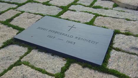 John-F-Kennedy-Gravesite-At-Arlington-Cemetery