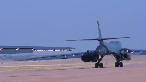 American-B1B-Nuclear-Bombers-Taxi-On-The-Runway-At-An-Airbase-1