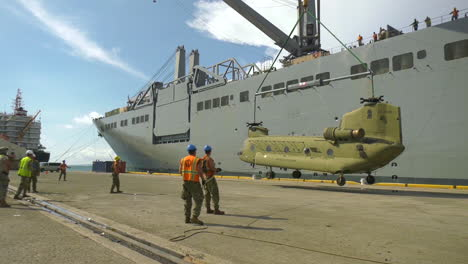 Chinook-Helicopter-Is-Loaded-Onto-A-Us-Navy-Ship-In-Ponce-Puerto-Rico-In-2017
